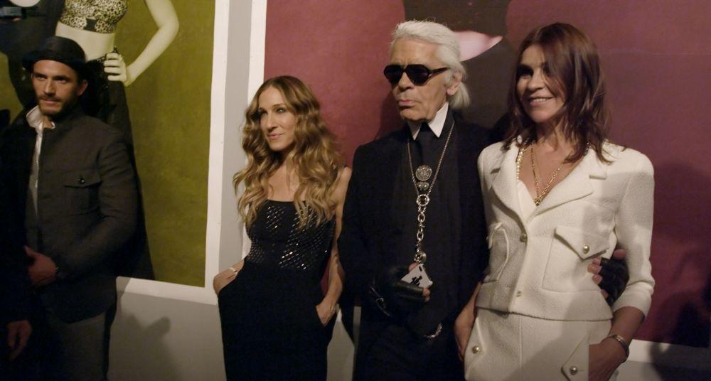 Mademoiselle C: Carine Roitfeld con Karl Lagerfeld e Sarah Jessica Parker in una scena del film