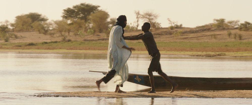 Timbuktu: Ibrahim Ahmed e Mehdi AG Mohamed una scena del film