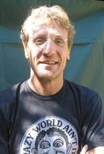 Una foto di Hugh Broder