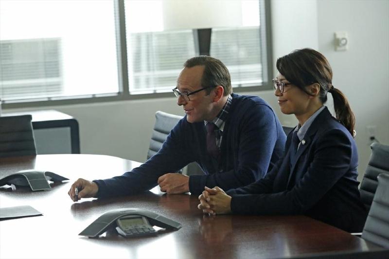Agents of S.H.I.E.L.D.: Ming-Na Wen e Clark Gregg  in una scena dell'episodio Ragtag