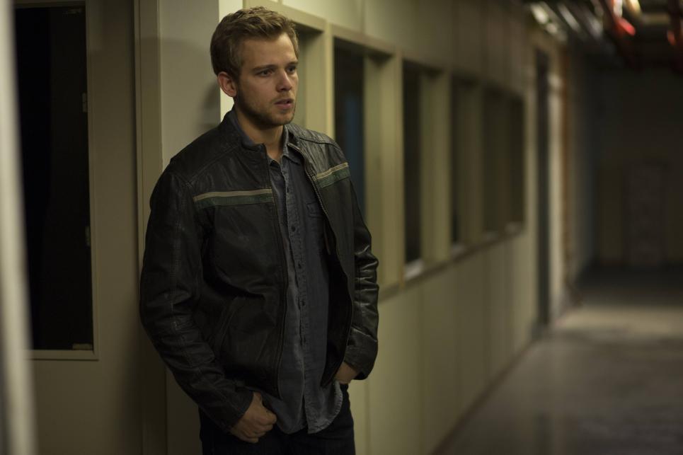 Bates Motel: Max Thieriot in un momento dell'episodio The Immutable Truth della seconda stagione