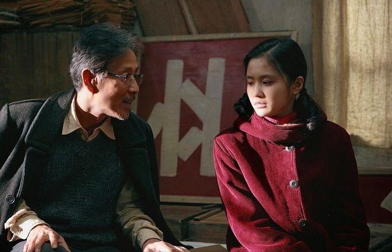 Coming home: Chen Daoming con Zhang Huiwen in una scena
