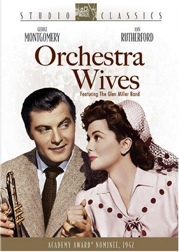 La locandina di Orchestra Wives