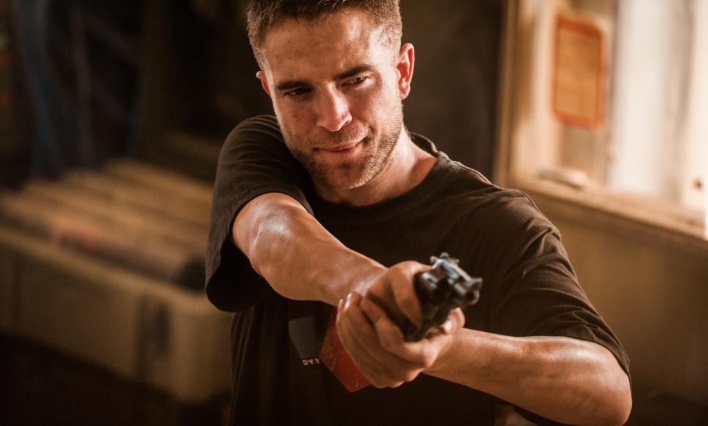 The Rover: Robert Pattinson in una scena