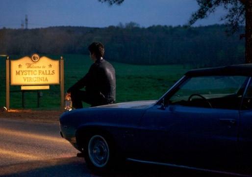 The Vampire Diaries: una scena dell'episodio Home, finale della quinta stagione
