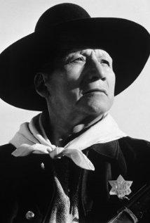 Una foto di Chief John Big Tree