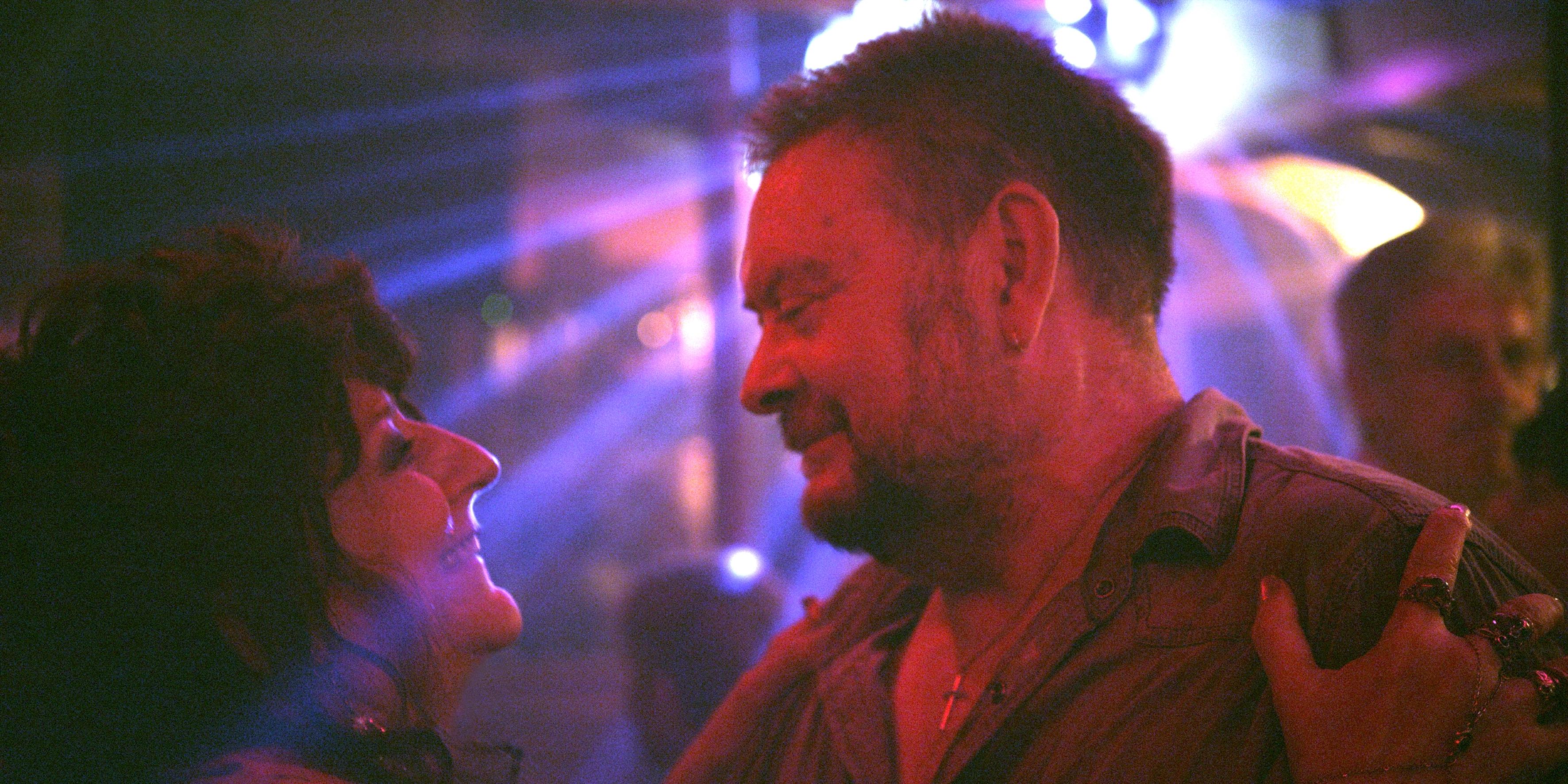 Party Girl: Angélique Litzenburger e Joseph Bour in una scena del film