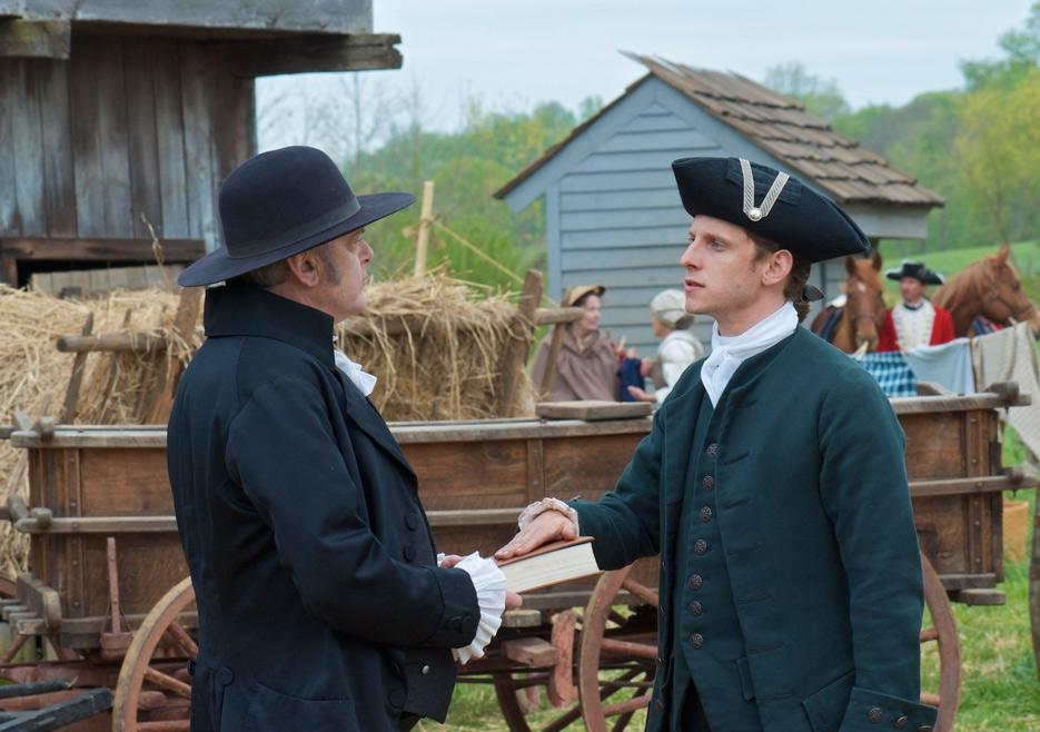 TURN: Jamie Bell e Kevin McNally nel primo episodio della serie