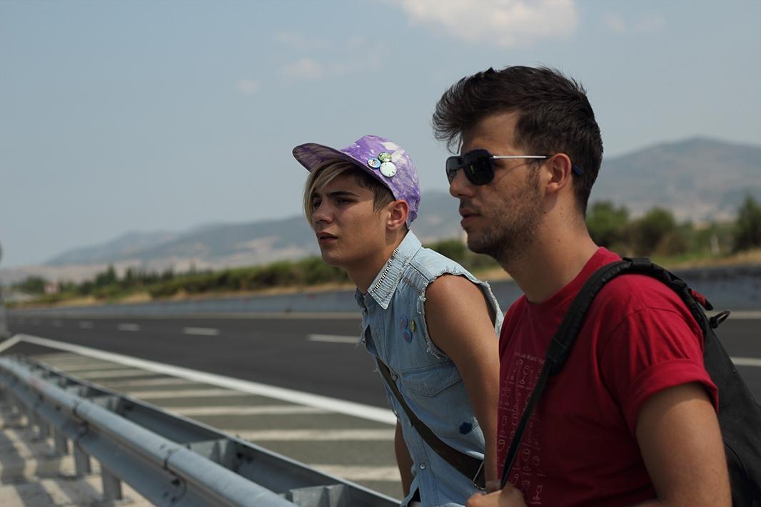 Xenia: Kostas Nikouli in un'immagine del film insieme a Nikos Gelia