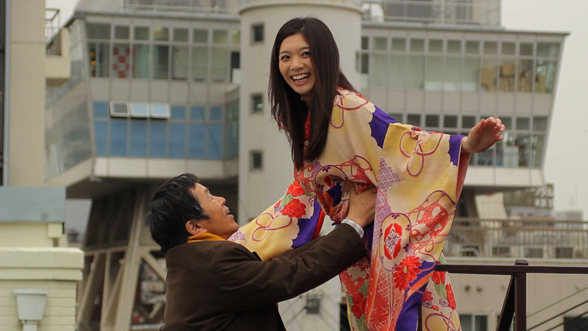 Soul Flower Train: Mitsuru Hirata e Sayoko in una suggestiva immagine
