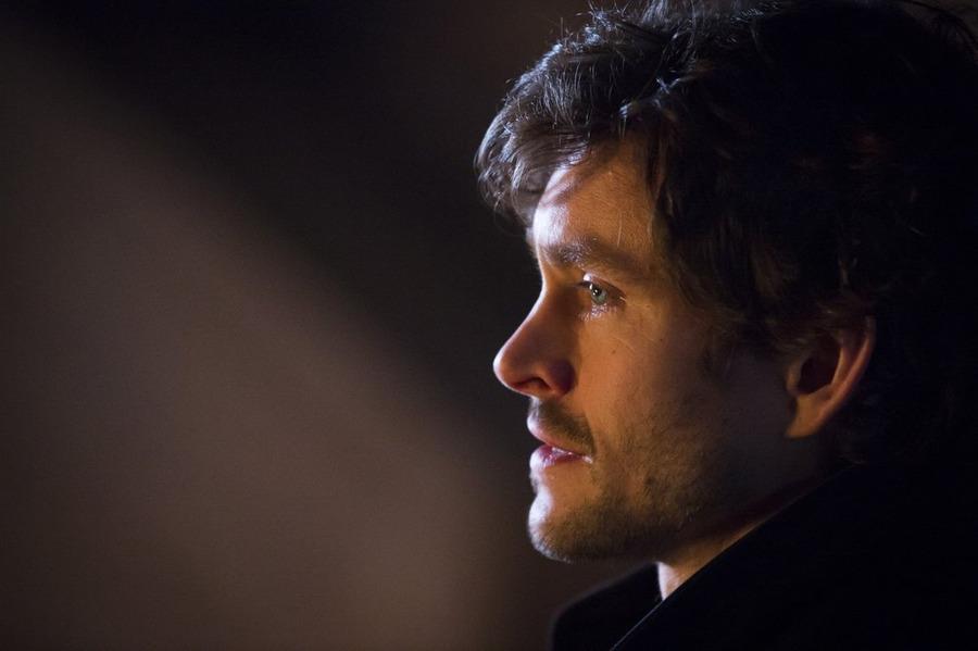 Hannibal: Hugh Dancy in un momento dell'episodio Ko No Mono