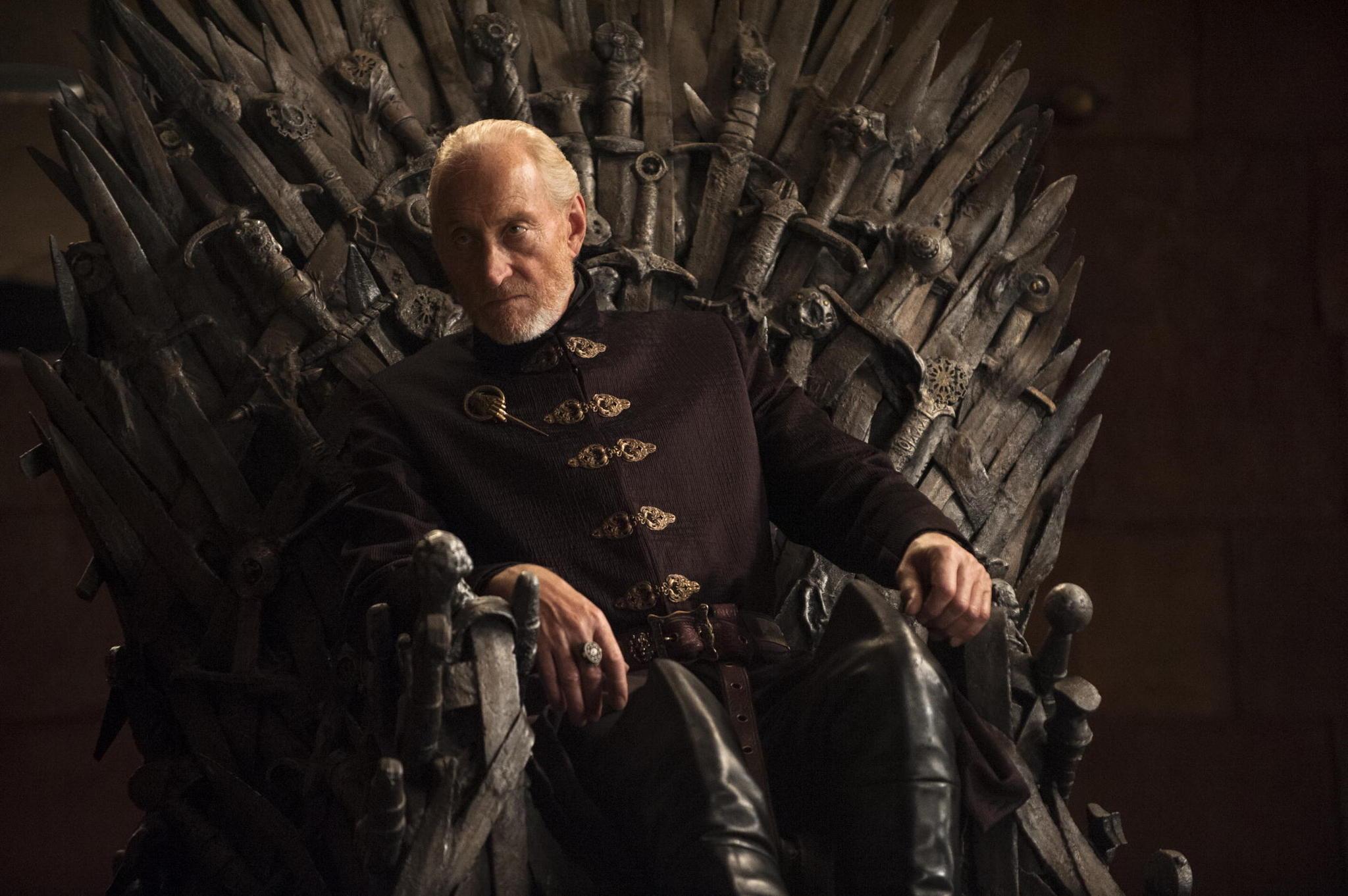 Il trono di spade: Charles Dance nell'episodio The Laws of Gods and Men