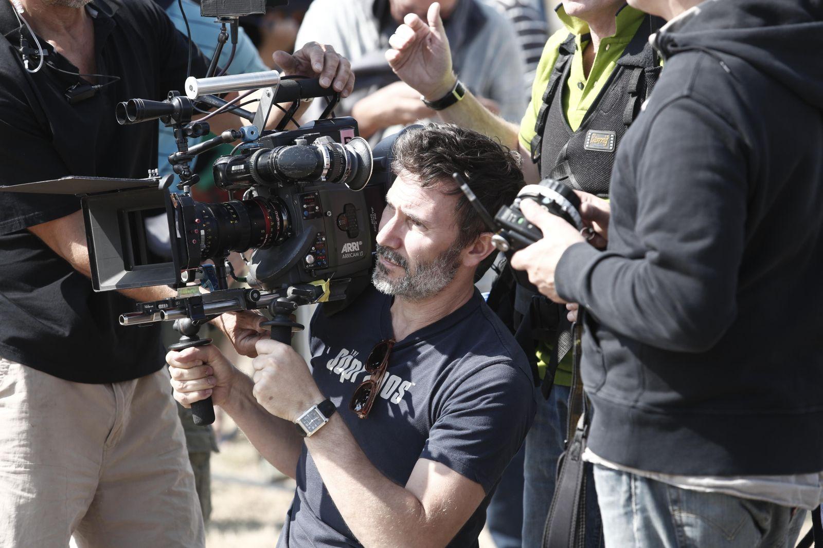 The search: il regista Michel Hazanavicius durante le riprese