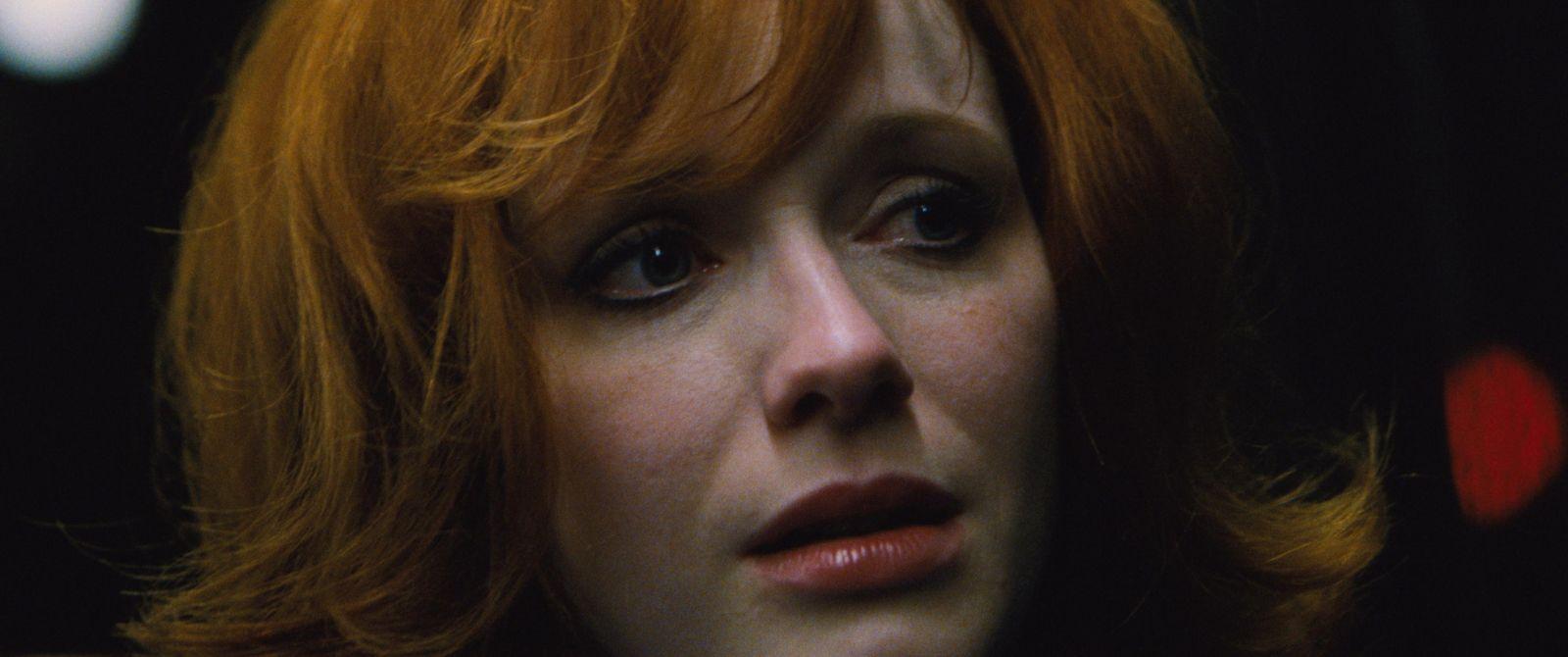 Lost River: Christina Hendricks in una scena