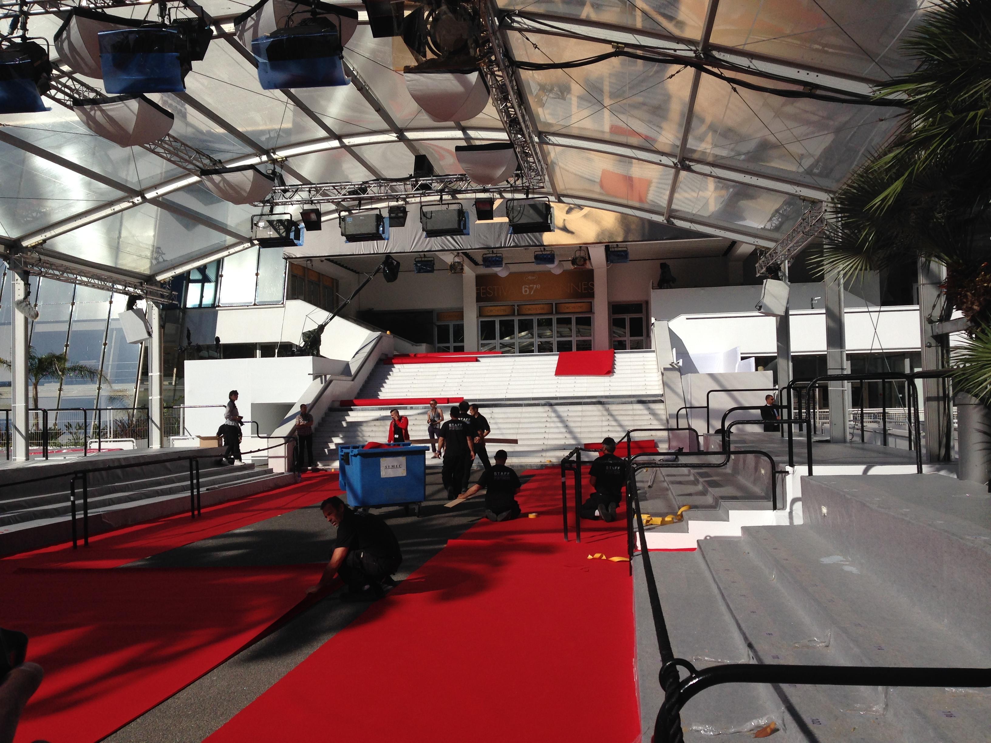Cannes 2014: il red carpet nel bel mezzo dei preparativi