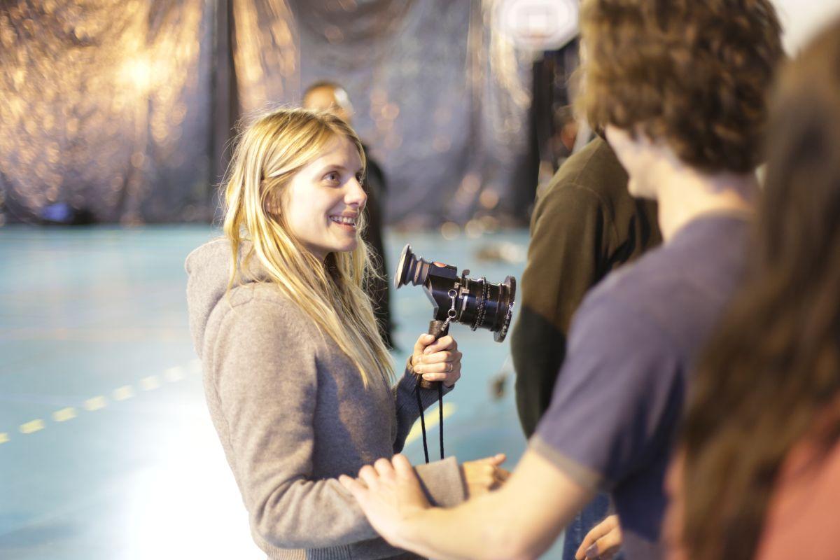 Respire: la regista del film Mélanie Laurent sul set