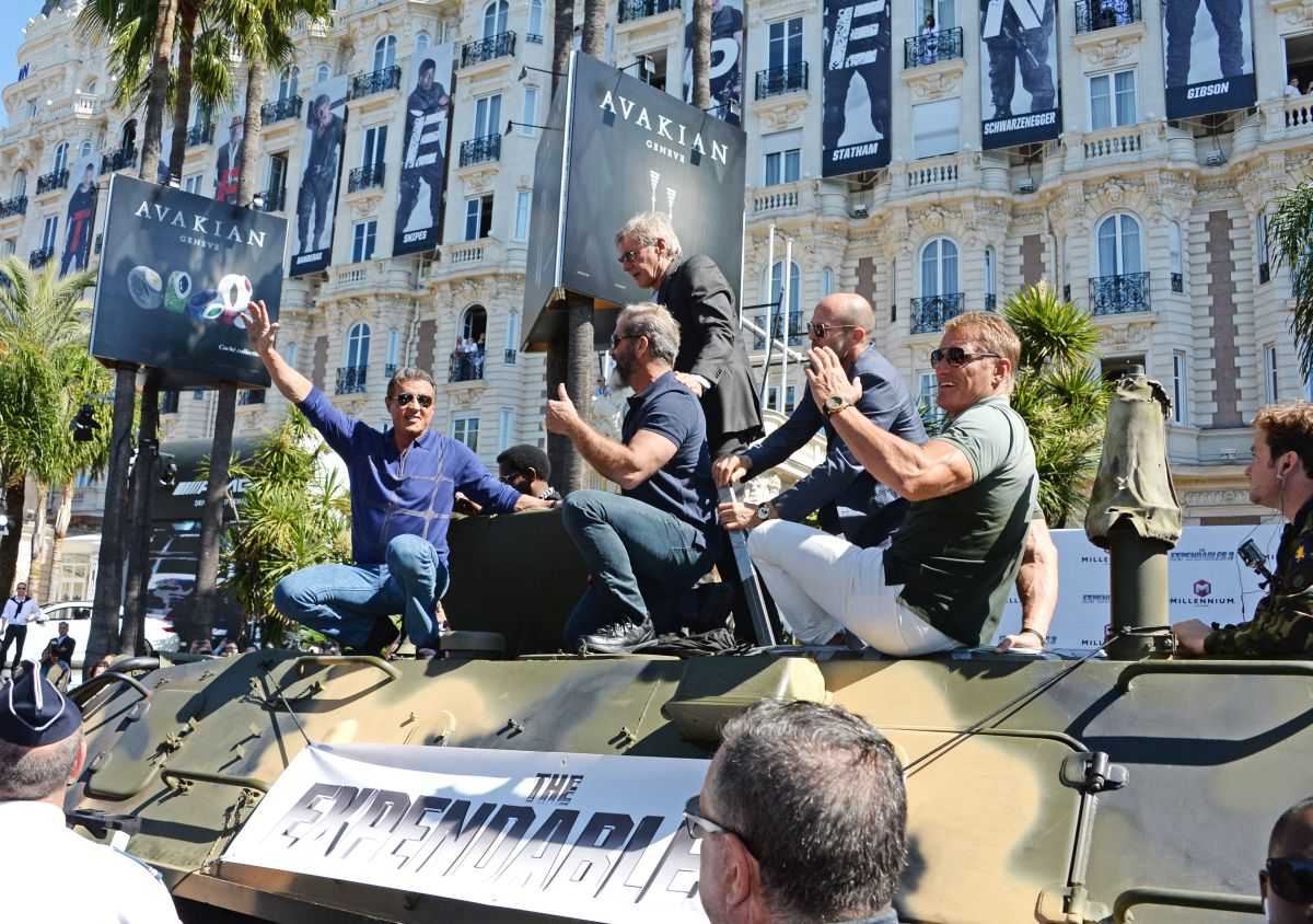 I Mercenari 3: Sylvester Stallone con Mel Gibson, Harrison Ford, Jason Statham e Dolph Lundgren protagonisti dell'evento speciale a Cannes 2014