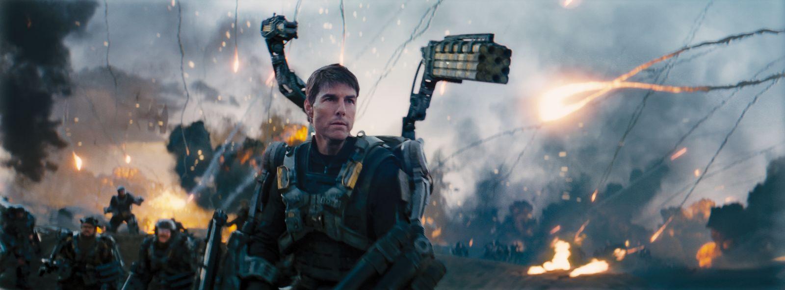 Edge of Tomorrow - Senza domani: Tom Cruise in una concitata scenda del film