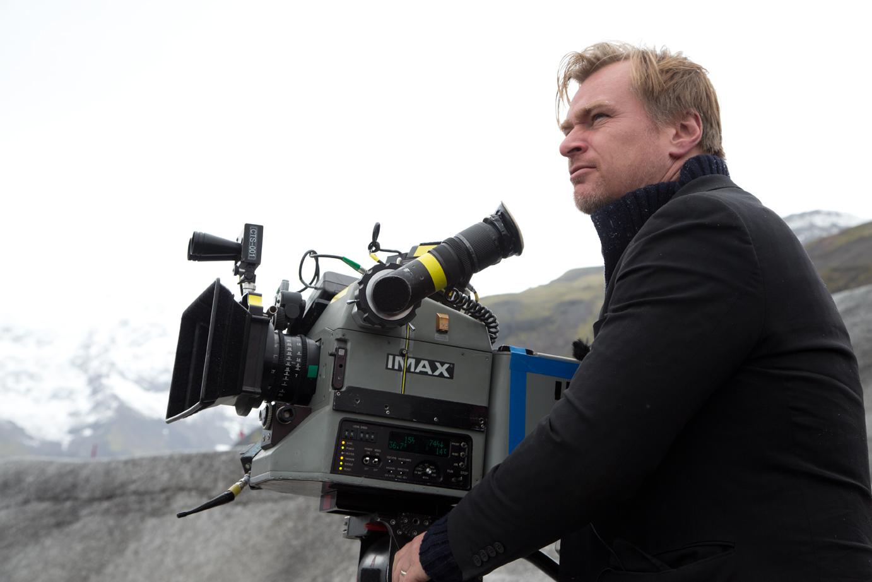 Interstellar: Christopher Nolan sul set al fianco di una cinepresa IMAX