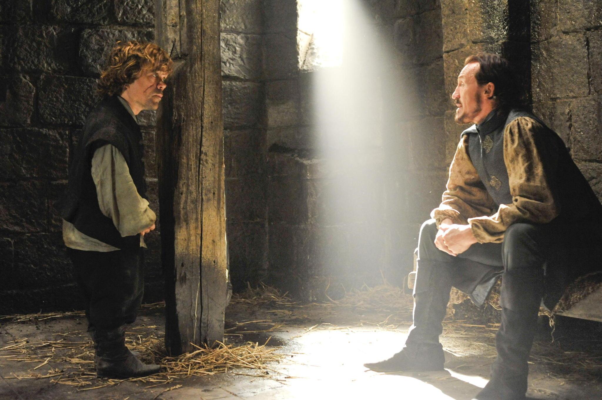 Il trono di spade: Peter Dinklage, Jerome Flynn nell'episodio Mockingbird