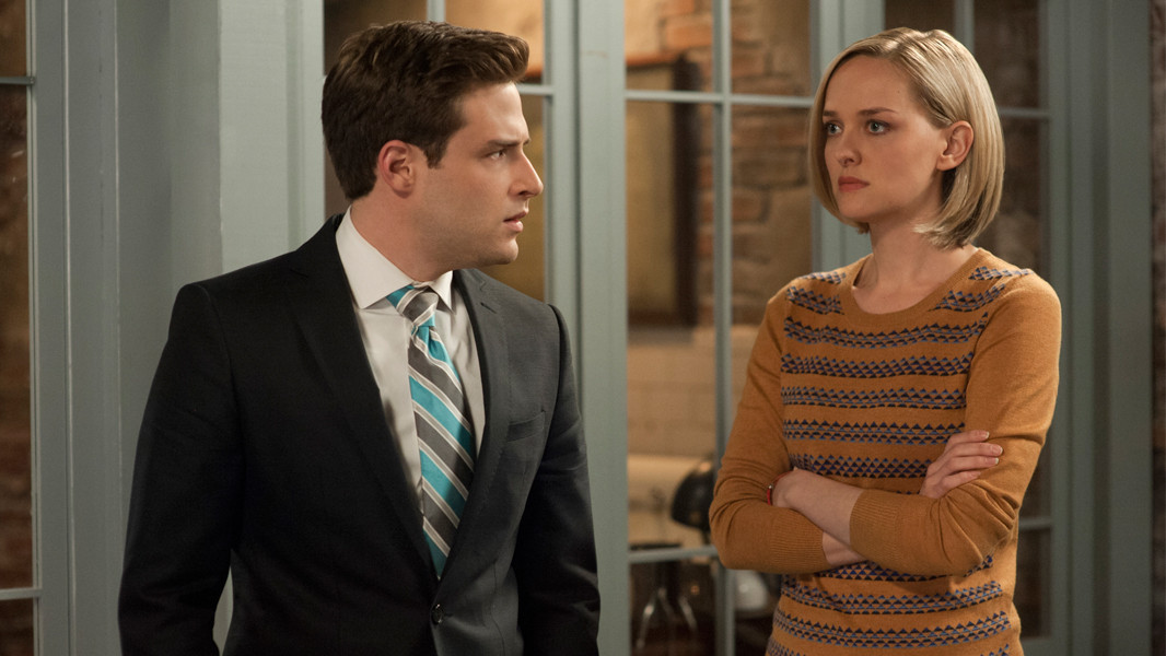 The Good Wife: Ben Rappaport e Jess Weixler nell'episodio A Weird Year