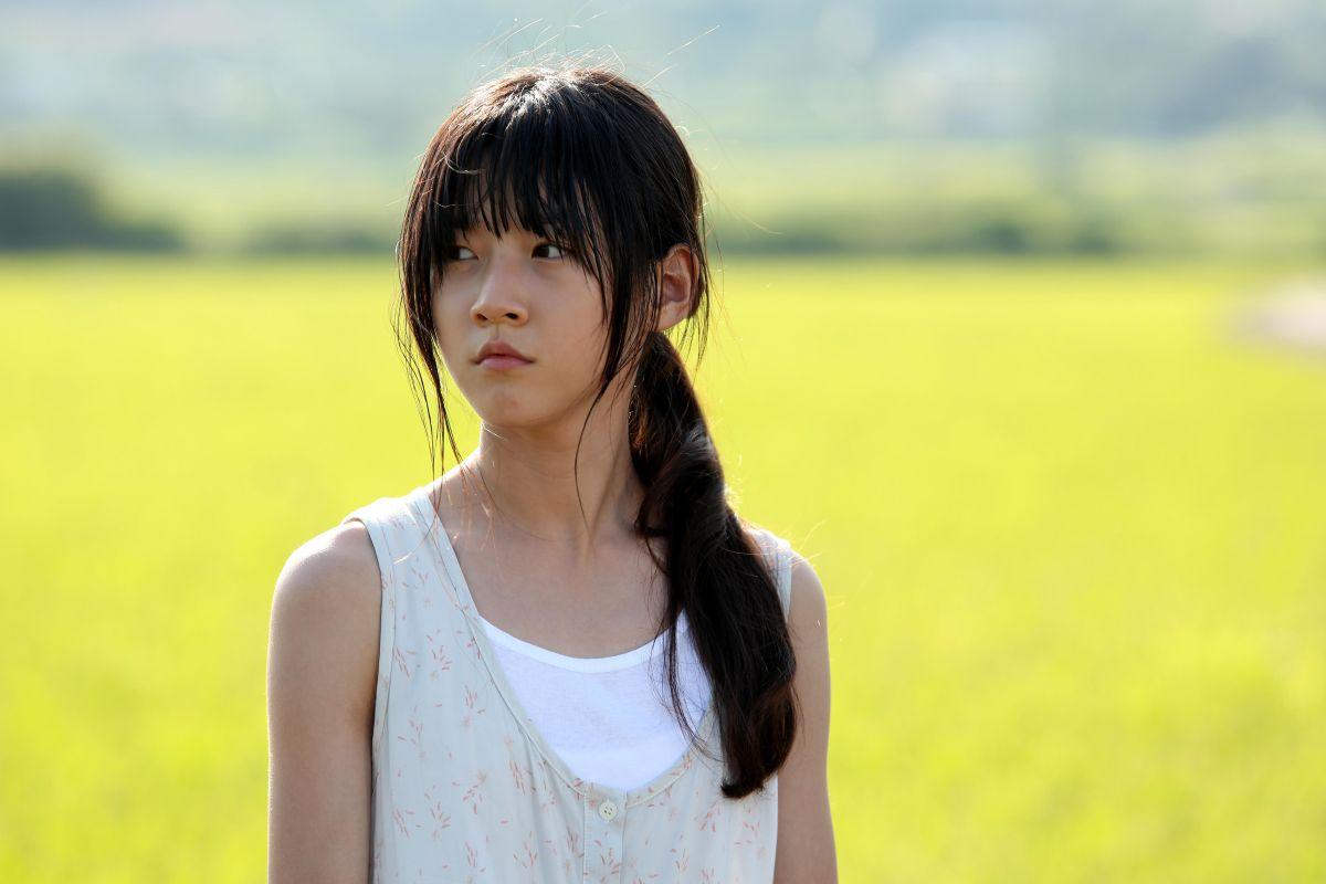 A Girl at My Door: Kim Sae Ron nel ruolo di Dohee in una scena del film