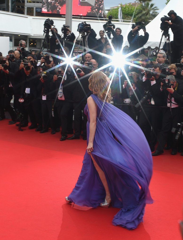 Cannes 2014: Jessica Chastain sfila sul red carpet durante la presentazione di Foxcatcher