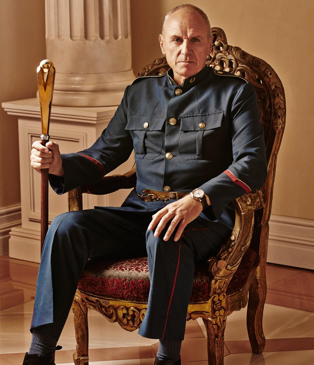 Dominion: Alan Dale in un'immagine promozionale