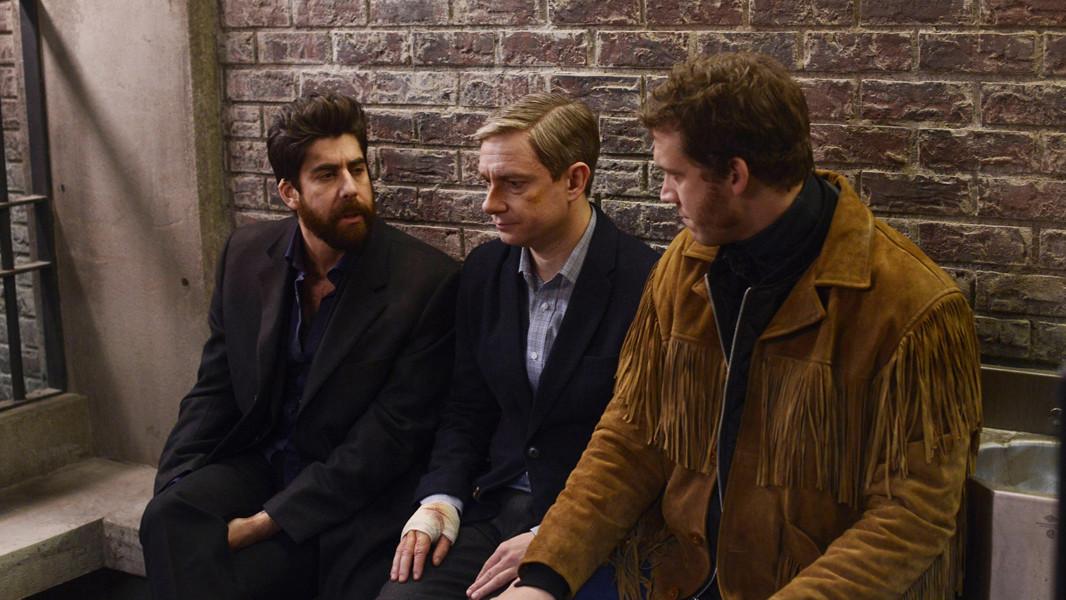 Fargo: Martin Freeman, Russell Harvard, Adam Goldberg nell'episodio The Six Ungraspables