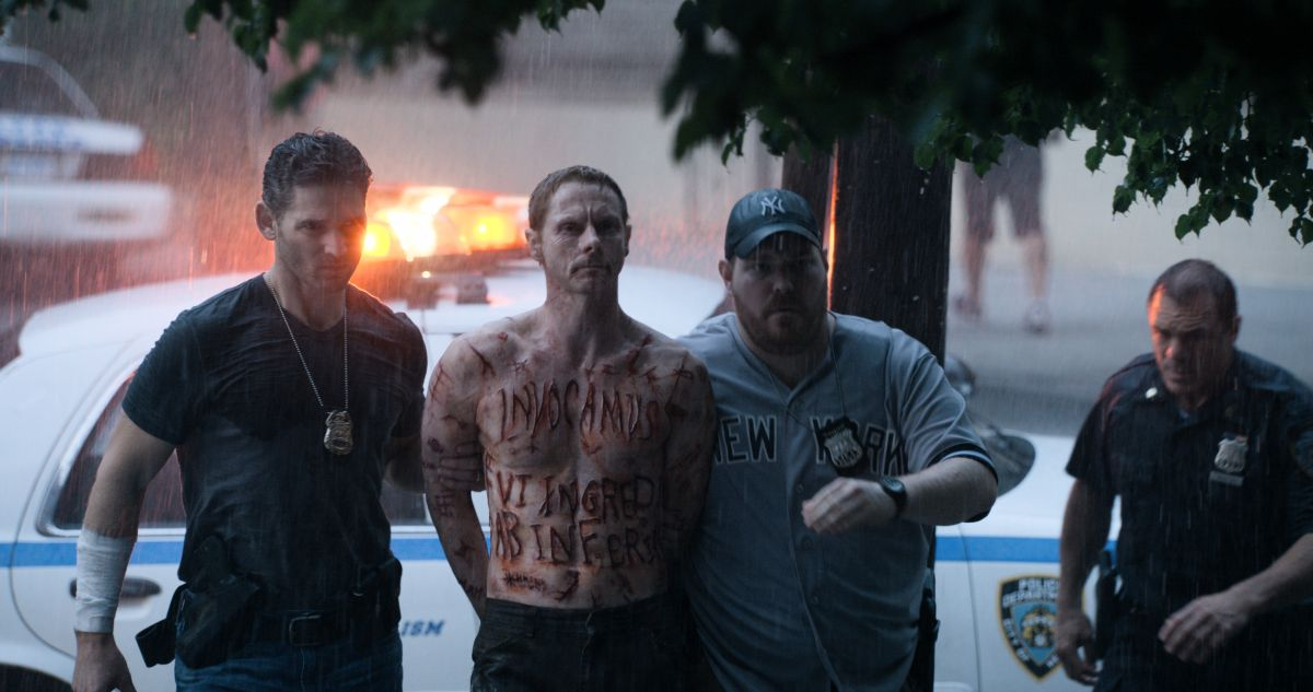 Liberaci dal male: Eric Bana con Sean Harris e Mike Houston in una scena del film