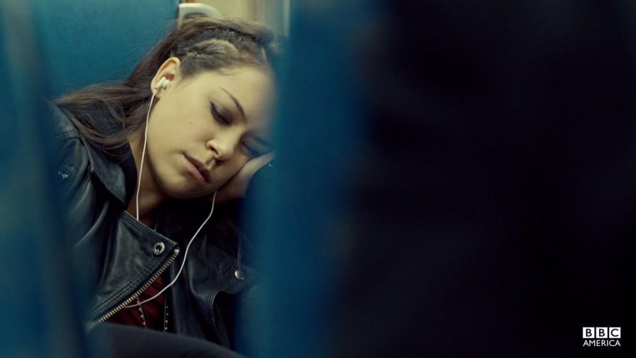 Orphan Black: Tatiana Maslany in una scena del pilot