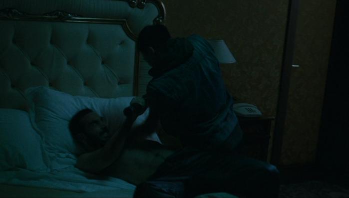 Gomorra - la serie, stagione 1: il boss Conte (Marco Palvetti) in una scena