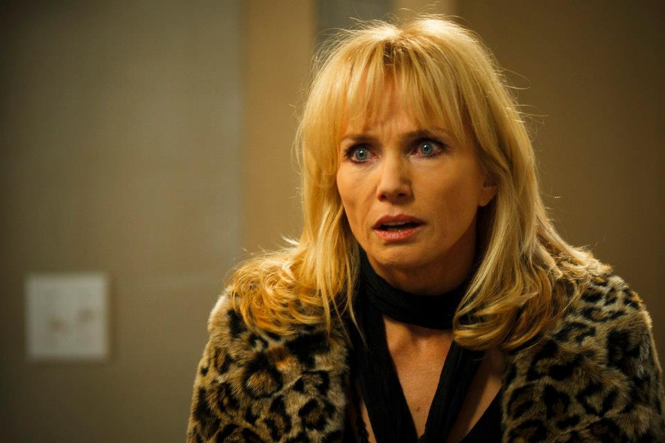 Rebecca De Mornay in una scena del film horror 1303