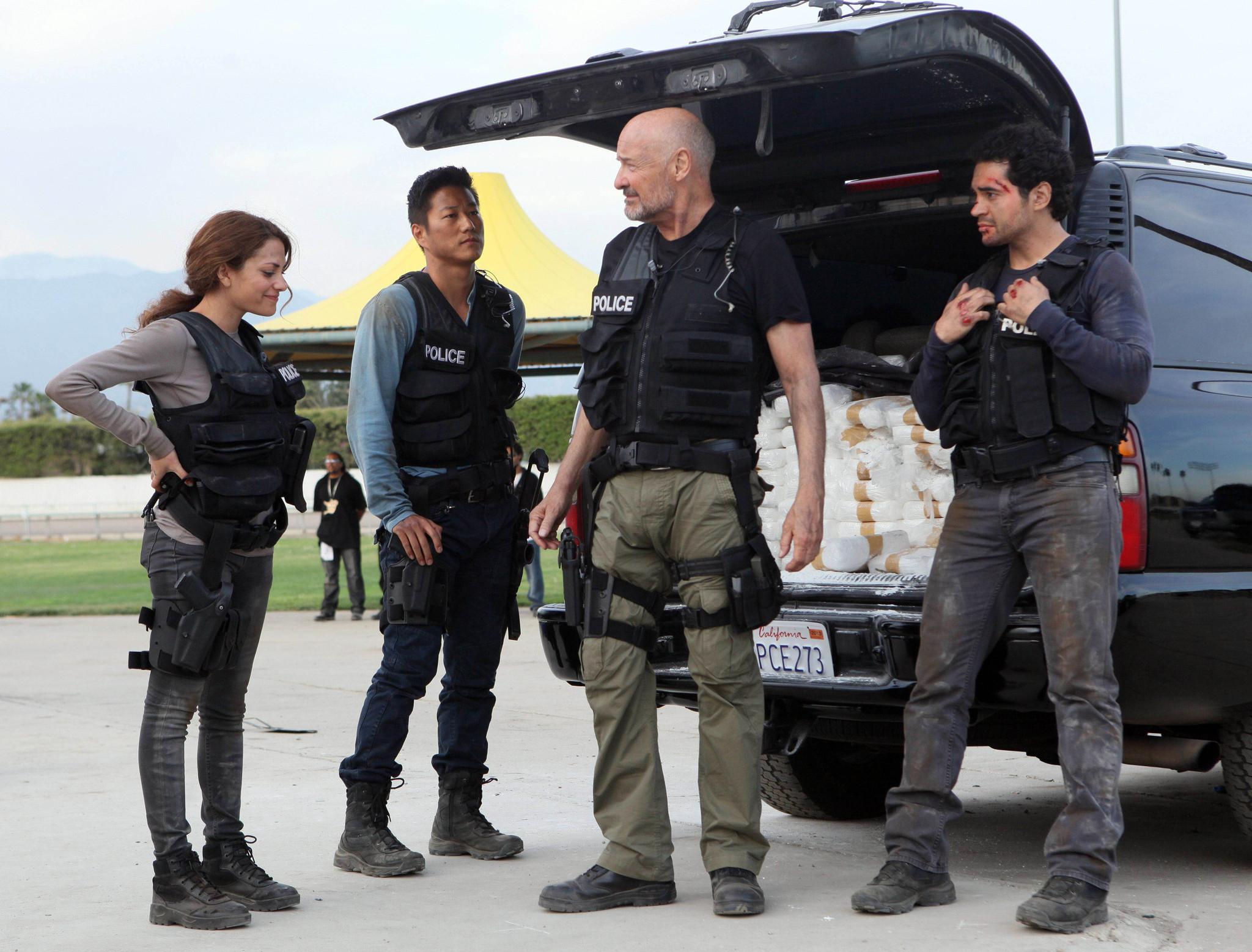 Gang Related: il cast in una scena del pilot