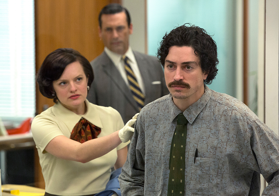 Mad Men: Elisabeth Moss, Jon Hamm, Ben Feldman nell'episodio The Runaways