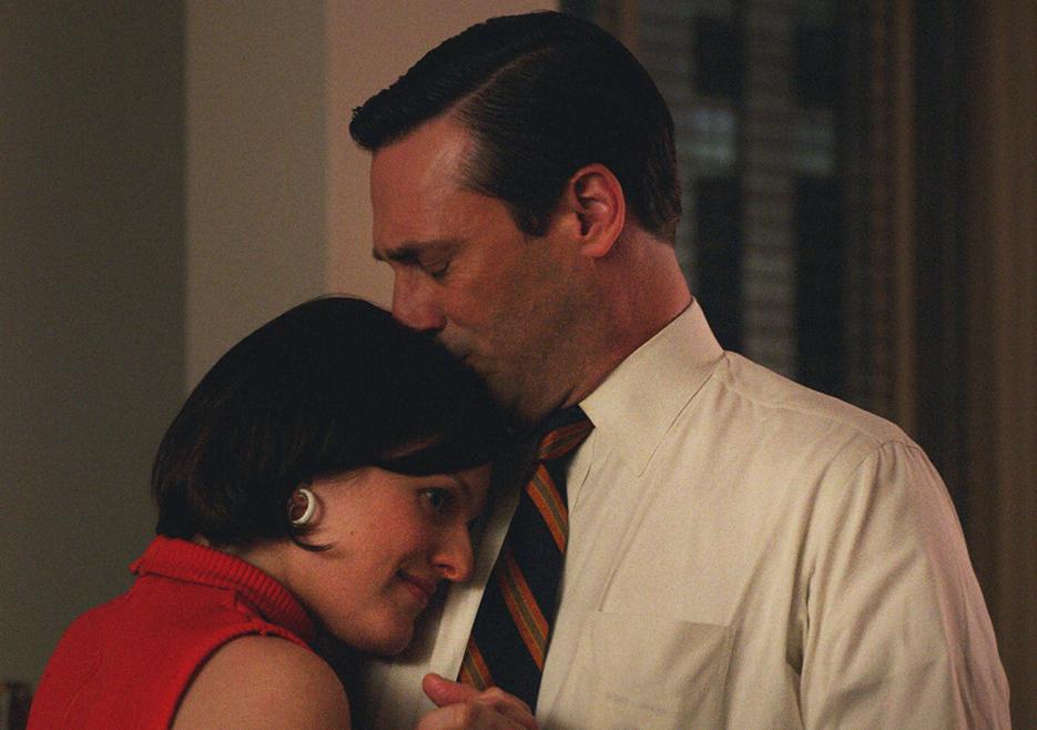 Mad Men: Jon Hamm insieme a Elisabeth Moss nell'episodio The Strategy