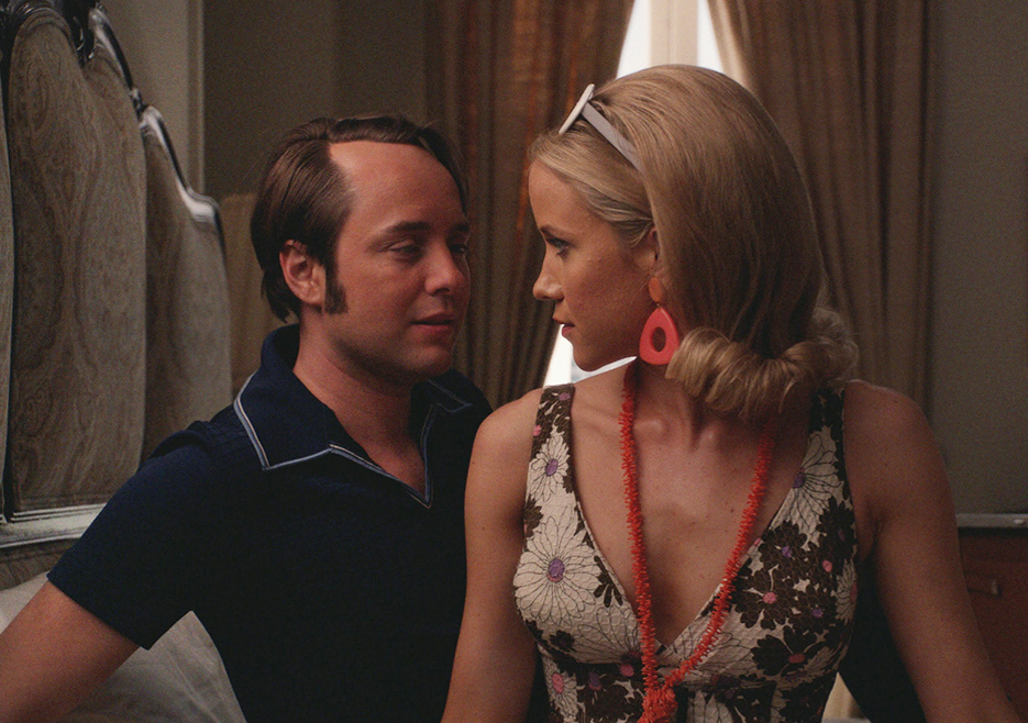 Mad Men: Vincent Kartheiser e Jessy Schram nell'episodio The Strategy