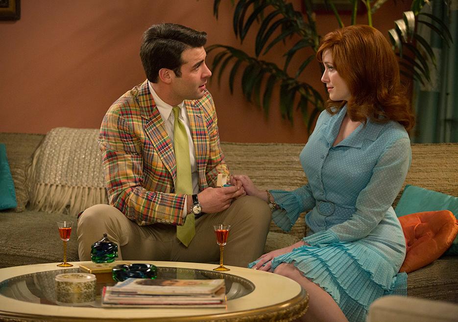 Mad Men: Christina Hendricks e James Wolk nell'episodio The Strategy