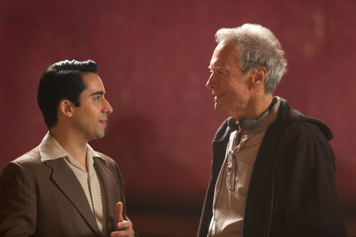 Jersey Boys: Clint Eastwood con John Lloyd Young sul set