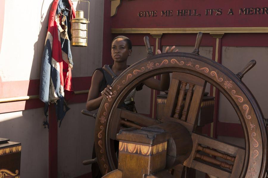Crossbones: Tracy Ifeachor nell'episodio The Covenant