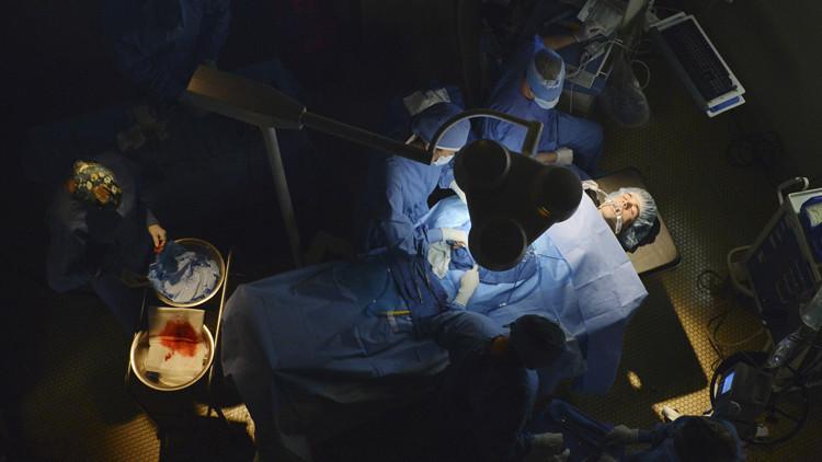Pretty Little Liars: una scena della premiere della quinta stagione, EscApe from New York