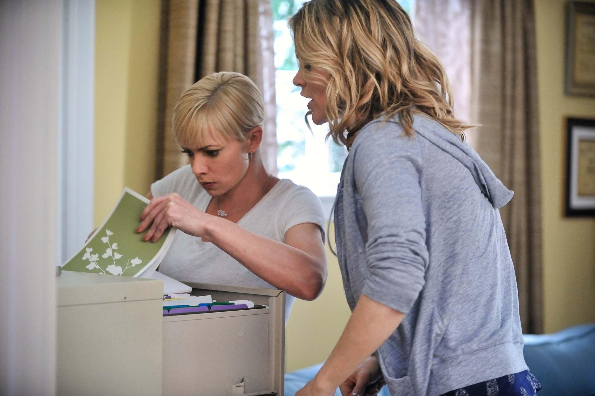 Jennifer Falls: Missi Pyle e Jaime Pressly nella prima stagione