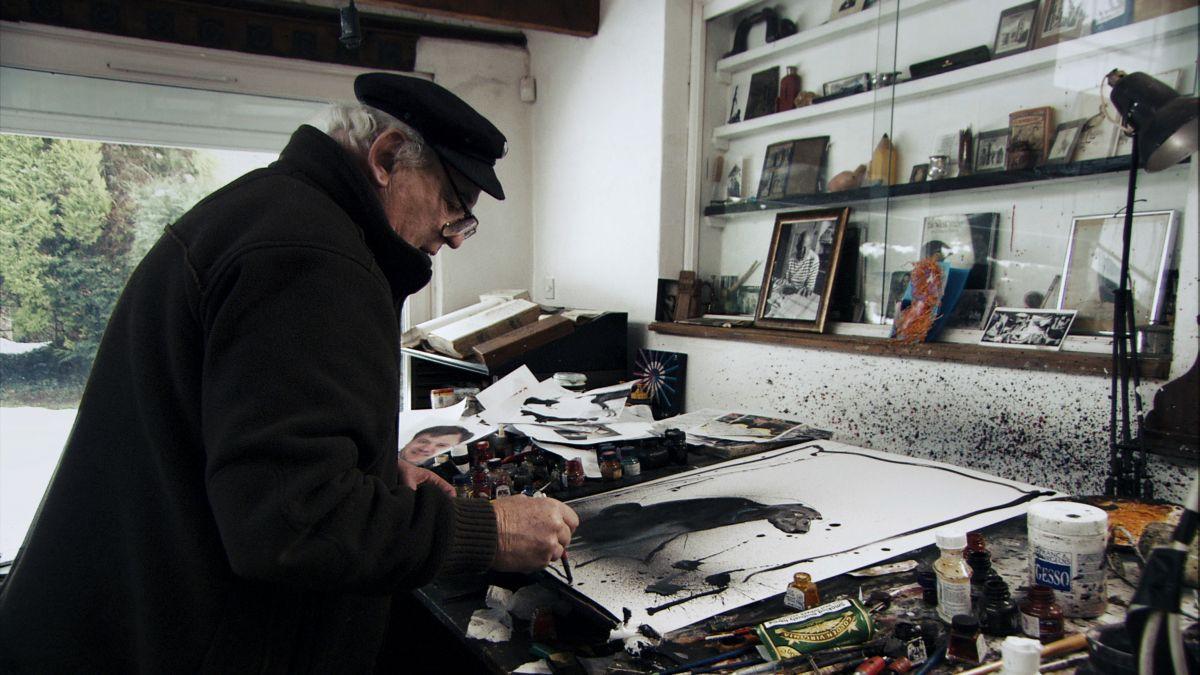 Per nessuna buona ragione: l'artista Ralph Steadman in una scena del documentario a lui dedicato