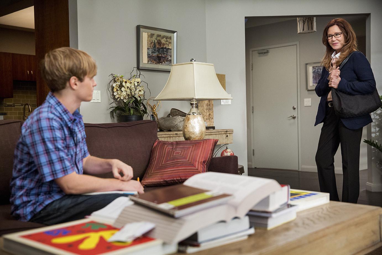 Major Crimes: Mary McDonnell e Graham Patrick Martin nell'episodio Flight Risk