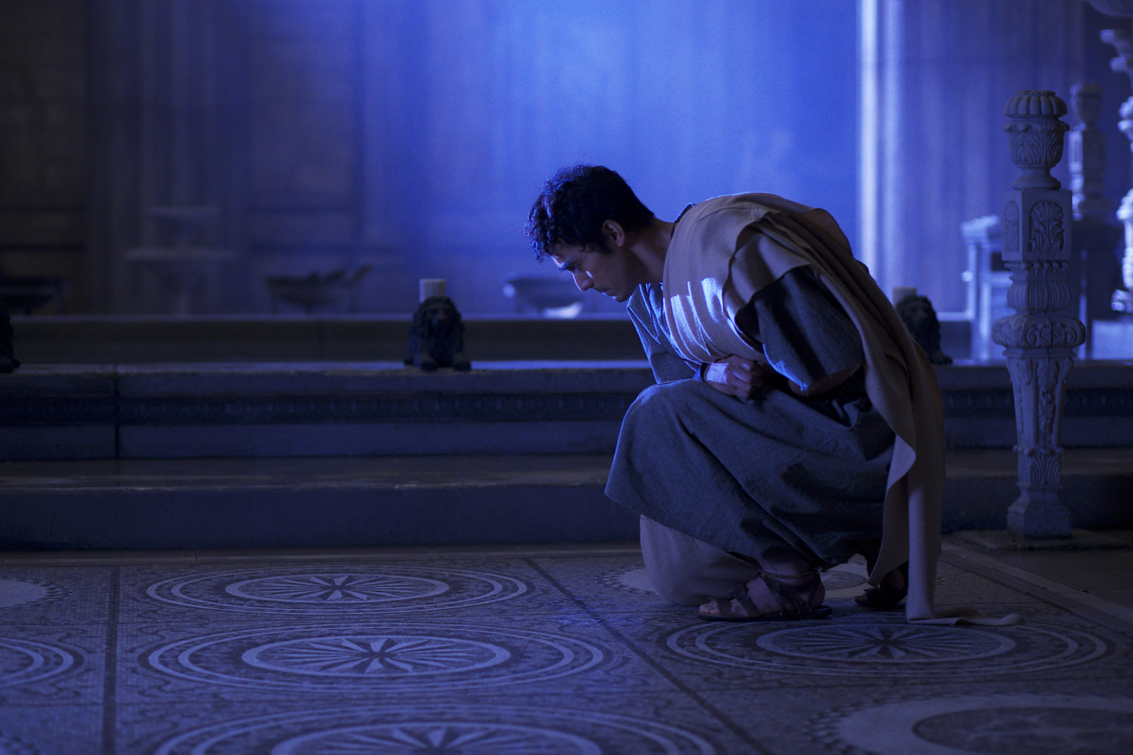 Thermae Romae: Hiroshi Abe in una drammatica scena del film