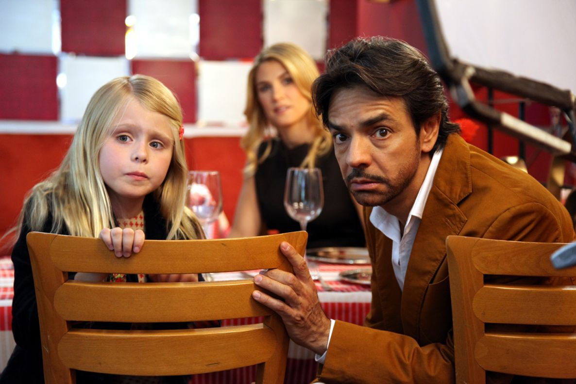 Instructions Not Included: Eugenio Derbez e Loreto Peralta in una scena del film
