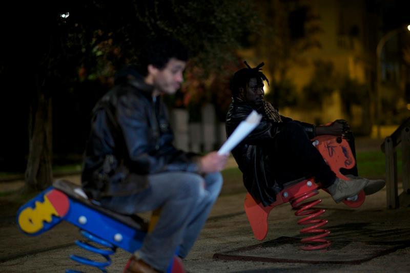 Carta bianca: Mohamed Zouaoui è Kamal in una scena del film