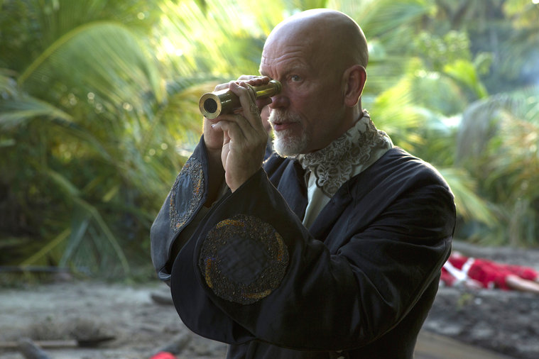 Crossbones: John Malkovich in una scena di The Man Who Killed Blackbeard