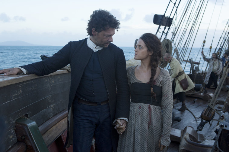 Crossbones: Claire Foy e Richard Coyle in The Man Who Killed Blackbeard