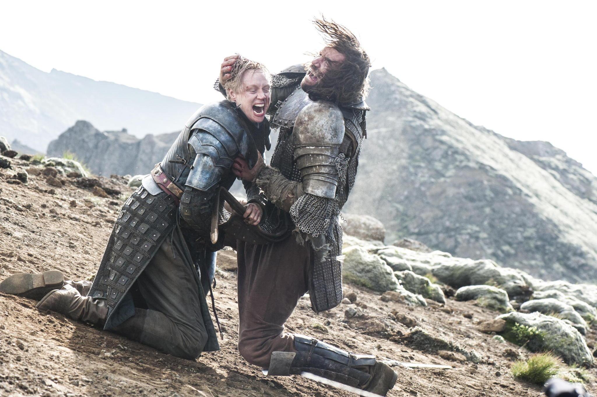 Il trono di spade: Gwendoline Christie e Rory McCann nell'episodio The Children